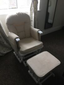 White wood supremo reclining chair for new mums