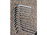 Cast iron gutter rafter brackets