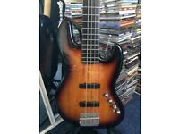 Squier 5 string jazz bass