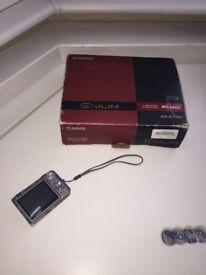 Casio Exilim EX-Z750 7.2MP Photo Picture Digital Camera Cam