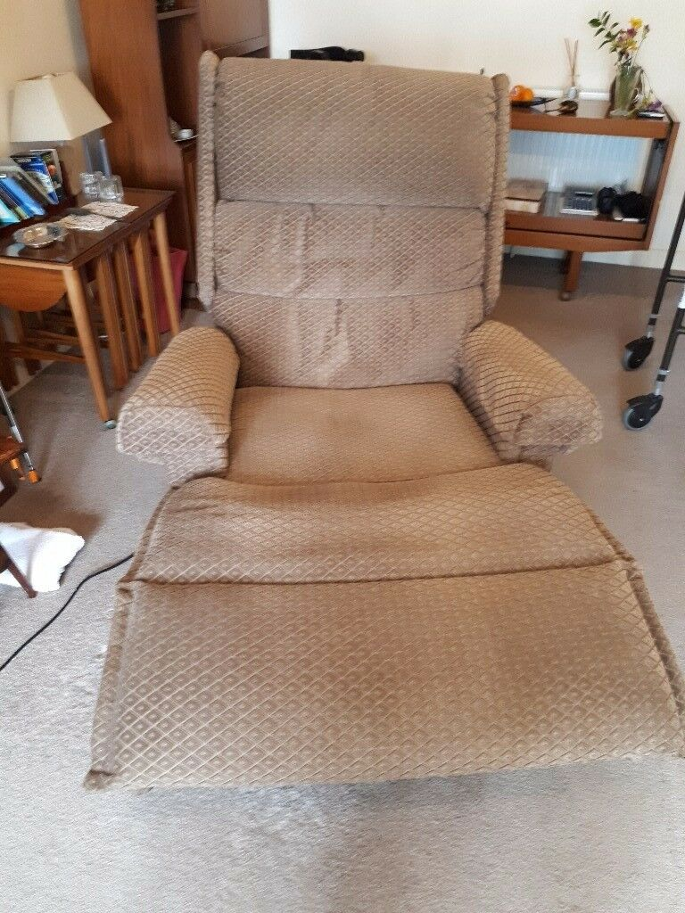 upholsterd rise and recline large armchair