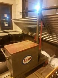 Esso engine lift