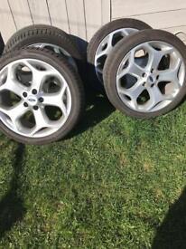 Ford Focus ST 5 stud wheels