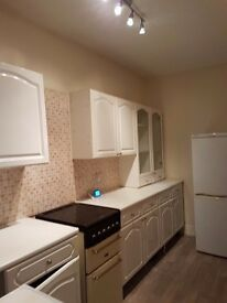 HOUSE TO LET. 2 BEDROOM. PART FURNISHED. HALIFAX. FENTON ROAD AREA