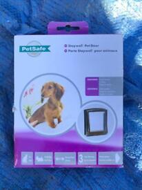 Pet safe staywell pet door / cat flap