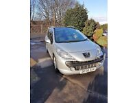 Peugeot 207 SW 1.6 diesel 5dr,Silver/black .new mot.just serviced,full history.panoramic glass roof.