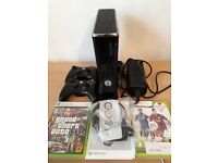 XBOX 360 S 250GB, includes 2 controllers, 2 games & origional headset