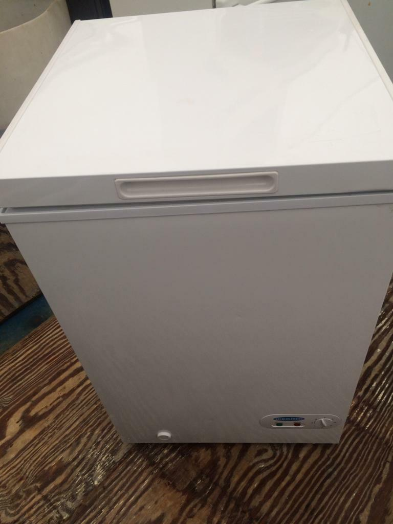 White ice king chest freezer good condition with guarantee bargain