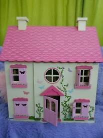 Dolls house (fully furbished)