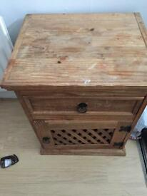 Lamp table / cabinet