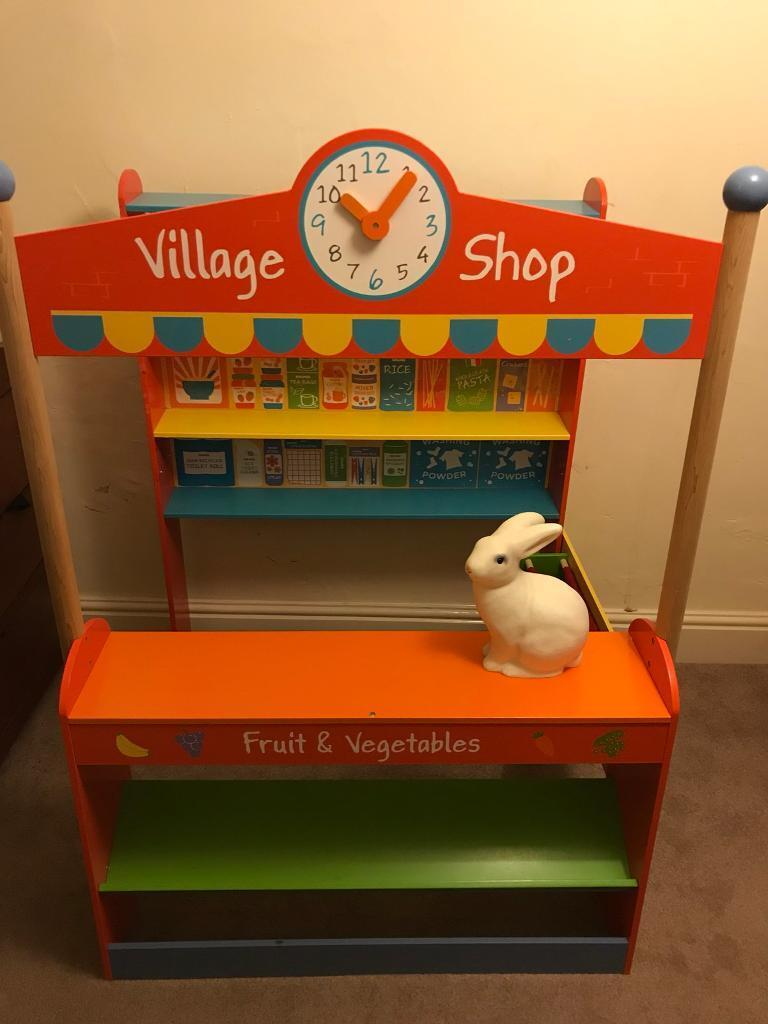 Bigjigs village shop - wooden toy