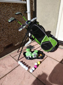 Junior Golf Set: John Letters Swingmaster R/Hand (approx age 5 to 9) Nearly New