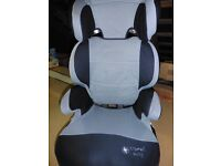 NON ISO FIX CAR SEAT (CLIPS OFF TO BECOME A BOOSTER SEAT TOO)