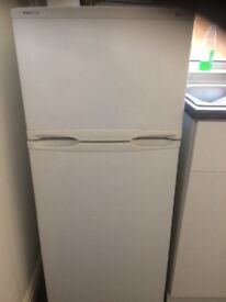 Small fridge for selling