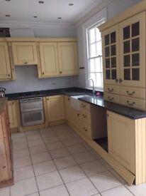 5 bedroom house in enfield in EN2 0JA