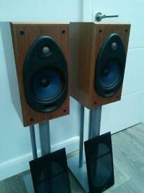 Polk Audio RTi38 Speakers and free pair of black speaker stands