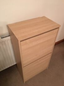 DYSON HOOVER, CHEST OF DRAWERS, SHOE CABINET, STORAGE UNIT, TROLLEY, PLASTIC RACKING