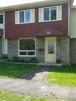 SMALL PET ALLOWED - 3-bedroom house in Aylmer