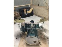 Drum kit Pearl Decade Maple Limited edition colour Paiste