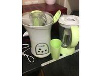 Whole fruit juicer and smoothie maker