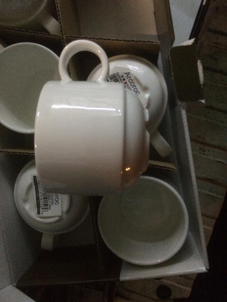 New mugs and saucers