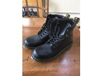 82689a5e7276 Dr Martens DM Royal mail boots size 9 Brand new
