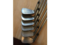 Taylormade 320 Irons 4-PW