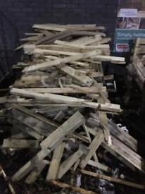 Broken pallets Ideal for kindling collection from bletchley near the stadium