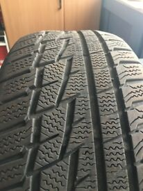 4 Winter Tyres 215/55 R16