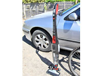 HOOVER CORDLESS STICK VACUUM CLEANER.FREE DELI VERY B,MOUTH AND LYMINGTON AREAS