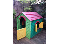 Little Tikes play house. Used, but good condition, flatpacks down to 6 panels. RRP new is £199