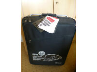 BRAND NEW WITH TAGS * SUPER LIGHTWEIGHT ALLUMINIUM ZFRAME SUITCASE * 2.99KG * BLACK *