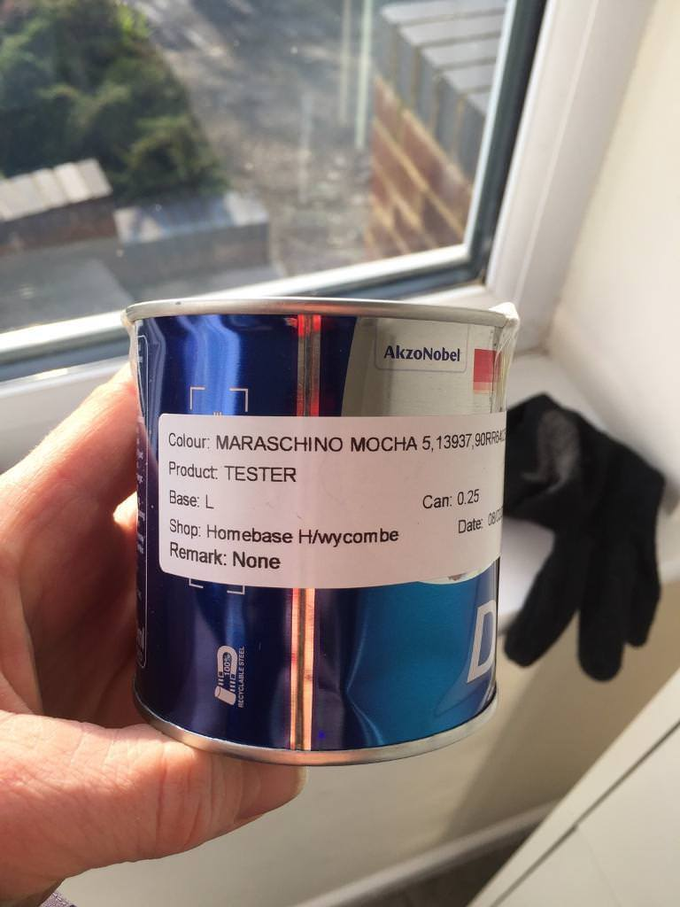 Dulux tester