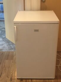 Zanuzzi under counter fridge freezer