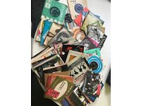 Mixed selection of c.100, 7 inch vinyl singles from 1950s-1990s