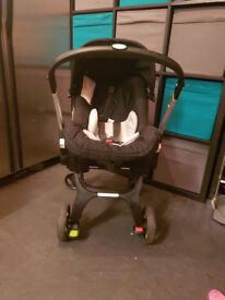 doona carseat/ pushchair