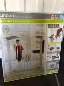 Lindam Baby Gate new