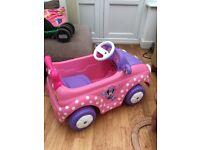 Mini mouse motorised car