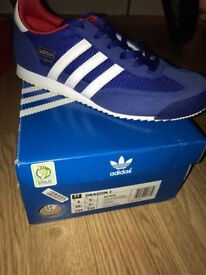 Adidas Dragons's size 5.5