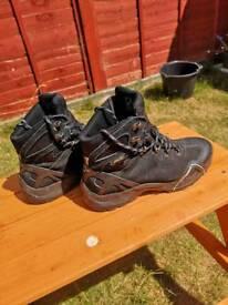 Alpinestars gore tex motorbike boots