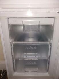 Fridge-Freezer Spares: drawers + shelf