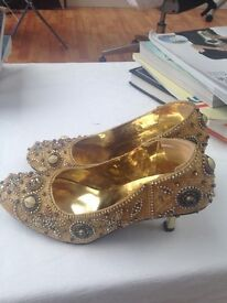 Gold shoes party wear £10