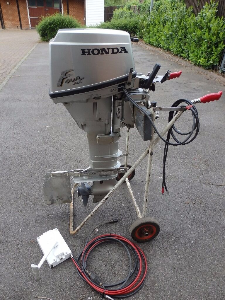Honda 15 HP 4 stroke Outboard Long Shaft Electric Start Boat Engine