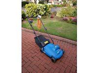 lawn aerator/scarifier
