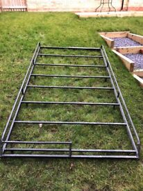Vivaro roof rack galvanised painted black, steel load hooks and roller