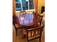 Mahogany dining room table and 6 chairs excellant condition