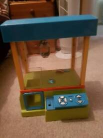 Arcade grabber/claw machine
