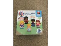 Brand new little tots of toytown figures in box