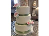 ROMANTIC WEDDING CAKES AND CAKE TOPPERS