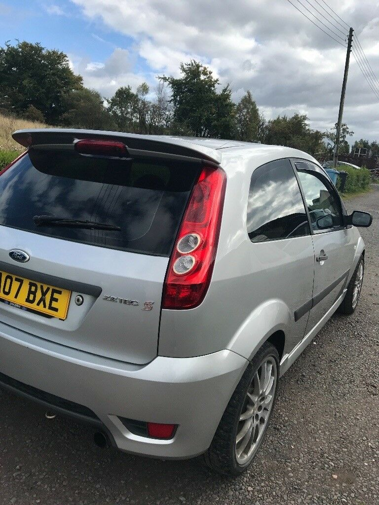 ford fiesta mk6 zetec s silver 07 plate in airdrie. Black Bedroom Furniture Sets. Home Design Ideas